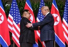 """Chỉ các phiên dịch viên được """"góp mặt"""" trong cuộc gặp thượng đỉnh Trump – Kim"""