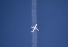 Tiếp viên hàng không có nguy cơ mắc ung thư cao hơn?