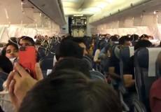 30 khách chảy máu vì phi công quên 'việc quan trọng'