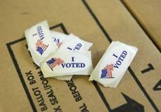 Bầu cử tại Mỹ: Đảng Dân chủ giành đa số tại Hạ viện, Cộng hòa giữ được Thượng viện