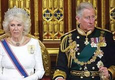 Bà Camilla đòi phí ly hôn 9 nghìn tỷ, dọa tiết lộ bí mật đen tối của Hoàng gia Anh?