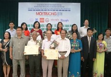 3 tác giả giành giải Lục Bát Trăng Vàng