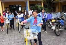 Huế: Trao tặng 150 xe đạp cho trẻ em đặc biệt khó khăn