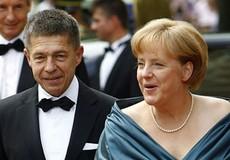 """Người đàn ông phía sau """"người phụ nữ thép"""" Angela Merkel"""
