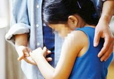 Dư luận căm phẫn gã bảo vệ trường mầm non hãm hại bé gái 4 tuổi
