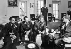 Sự thật về 'nút bấm hạt nhân' của Tổng thống Mỹ