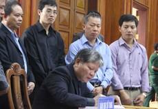 Bộ trưởng Hà Hùng Cường dẫn đầu Đoàn Bộ Tư pháp viếng Đại tướng