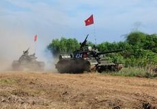 Lữ đoàn Tăng – Thiết giáp 26 (Quân khu 7): Diễn tập chiến thuật sát thực tế chiến đấu
