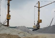 Tập kết cát sỏi trái phép tại Cảng Kênh Vàng: Bao giờ mới xử lý dứt điểm?