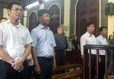 Bắt tạm giam hai bị cáo vụ án xảy ra tại Cty CP VN Pharma ngay tại tòa