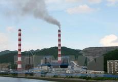 Quảng Ninh yêu cầu tăng cường kiểm soát khói bụi tại các nhà máy xi măng, nhiệt điện