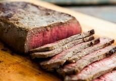 Nạp năng lượng cho bữa tối đầu tuần với thịt bò áp chảo ngon tuyệt