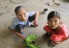 Cô gái mắc bệnh lạ ở Quảng Nam:   Ăn gấp 10 lần bình thường, mỗi ngày 36 lít nước