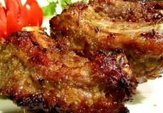 'Đánh bay' nồi cơm với món sườn nướng riềng mẻ