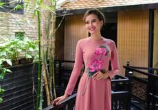 Hoa khôi Khánh Ngân dịu dàng cùng áo dài truyền thống