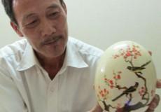 Quả trứng lạ giúp người đàn ông Hà Nội nổi tiếng