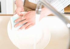 Tự chế nước rửa bát an toàn mà lại tiết kiệm
