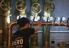 """Bia cốm – Thức uống mới được làm """"thủ công"""" của người Việt"""
