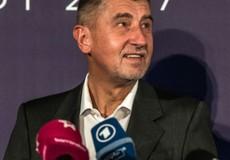 """Czech: Thủ tướng trước nguy cơ bị """"phản đòn"""""""