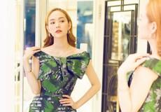 Minh Hằng thử váy họa tiết