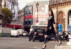 Thùy Trang mặc áo dài cách tân trên đường phố Paris