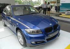 Bóc mẽ gian lận nhập ô tô đắt tiền