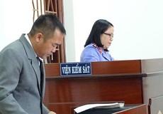 Luật sư chính thức ngồi 'ngang hàng' với kiểm sát viên