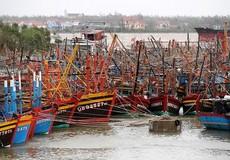 Mong lối về an toàn cho ngư dân trong mùa mưa bão