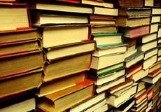 Sách hay người có lỗi?
