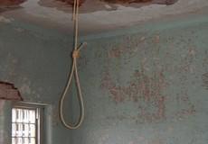 Hải Phòng: Một người thợ phụ hồ treo cổ tử vong trong phòng trọ