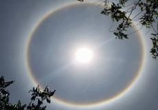 Xôn xao về hào quang bao quanh mặt trời ở Huế mùa Phật Đản