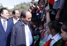 Thủ tướng Nguyễn Xuân Phúc thị sát nơi xa xôi nhất nước