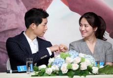 Joong Ki - Hye Kyo nhắn nhủ khách mời trong thiệp cưới