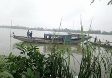 Nỗ lực tìm kiếm bé gái 4 tuổi mất tích, nghi do rơi xuống sông