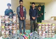 Pháo lậu cất giấu tinh vi vượt biên vào Việt Nam
