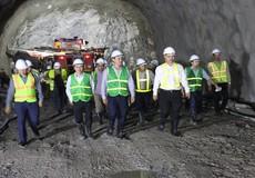 Lãnh đạo Bộ GTVT kiểm tra vết nứt hầm Hải Vân