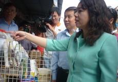 Bộ trưởng Bộ y tế kiểm tra VSAT thực phẩm chợ Kim Biên