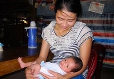 Cứu sống bé sơ sinh 2 tuần tuổi bị bỏ rơi