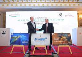 """Prudential Việt Nam và WWF hợp tác """"Vì một cộng đồng không rác thải nhựa"""""""