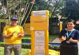 Sun Life Việt Nam tặng máy tập thể dục cho Công viên Tao Đàn (TP Hồ Chí Minh)