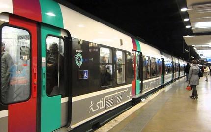 Nghe người Pháp nói chuyện đào hầm làm metro