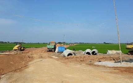 Quảng Xương (Thanh Hóa): Quy trình lựa chọn nhà thầu dự án đường giao thông Quảng Bình đi Quảng Thái có bị bóp méo?