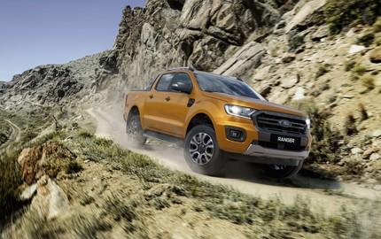 """Ford Ranger củng cố ngôi vị """"vua bán tải"""" trong tháng 11/2018"""