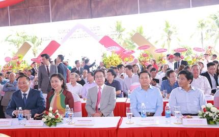 TMS Luxury Hotel Da Nang Beach tưng bừng đón khách VIP dự khai trương