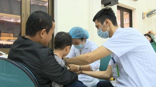 Thủ tướng chỉ đạo làm rõ nguyên nhân việc nhiều em học sinh nhiễm sán lợn