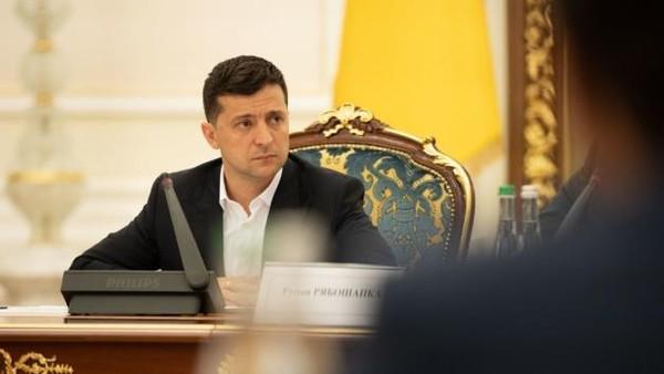 Tổng thống Ukraine miễn nhiệm đại sứ tại Mỹ cùng loạt đại sứ khác