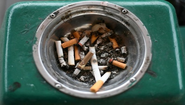Kết quả hình ảnh cho hút thuốc lá