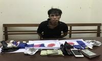 Lạng Sơn: Bắt giữ đối tượng vận chuyển hơn 2.500 viên ma túy tổng hợp
