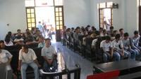 Cả trăm gia đình tan nát sau phiên toà xử vụ đá gà lớn nhất Việt Nam