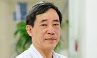 Bác sỹ cao cấp  Hoàng Đình Chân tư vấn trực tuyến về ung thư